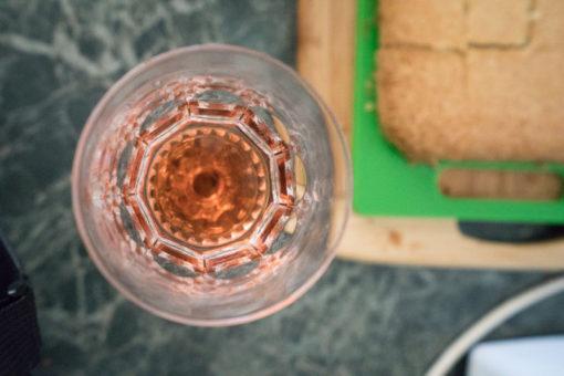 sparkly rosé and shortbread as Christmas dessert