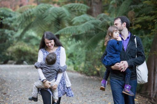 Family of four. Fun and relaxed Photo shooting session at Alfred Nicholas Garden in the Dandenong Ranges
