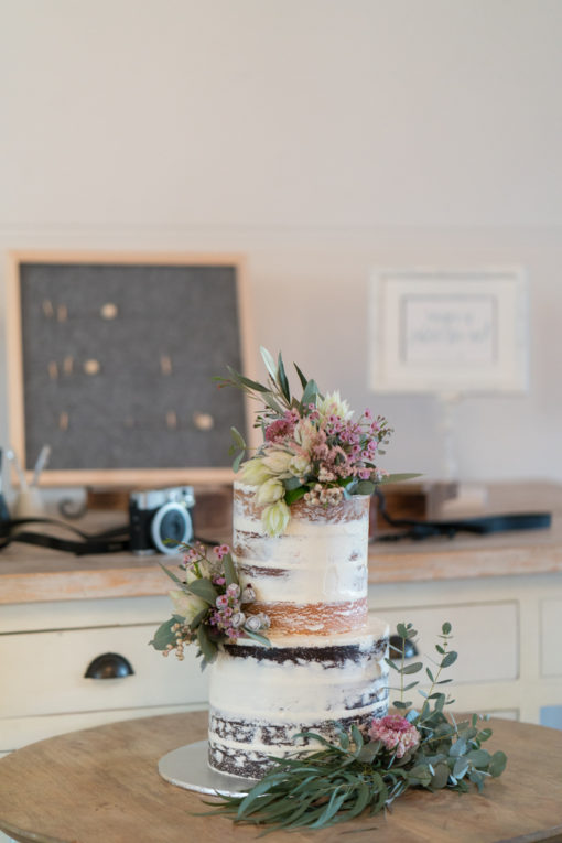 Wedding Cake and 'selfie' table