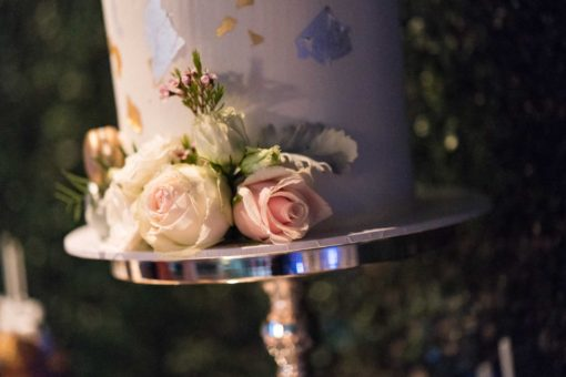 Detail of the white and pink roses and the gold sheets on the Engagement Cake. Photo by Erika's Way Photography